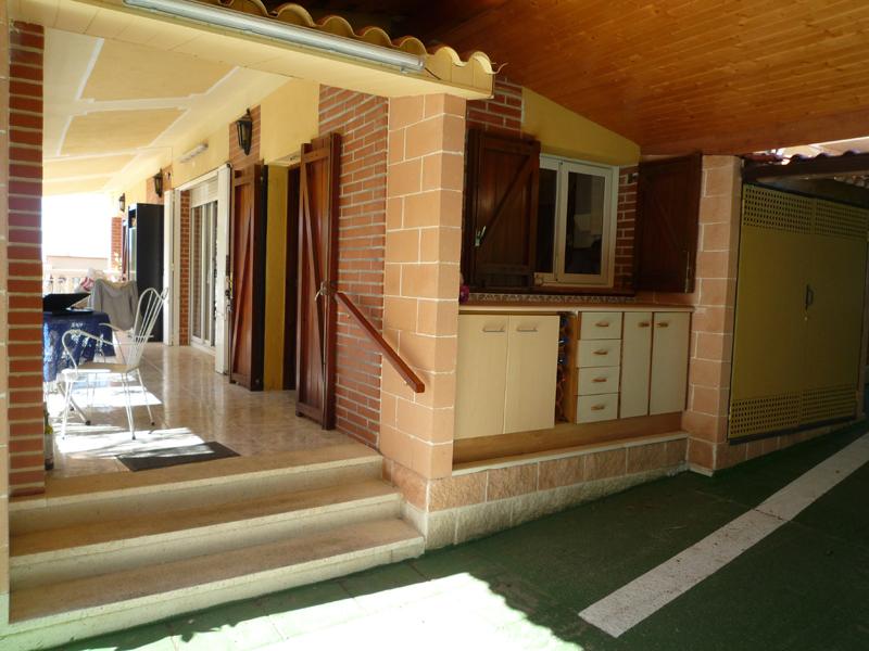 maison a vendre barcelone acheter en espagne. Black Bedroom Furniture Sets. Home Design Ideas